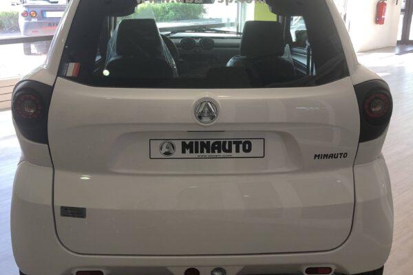 Aixam Minauto Access 2018 arrière abbvsp