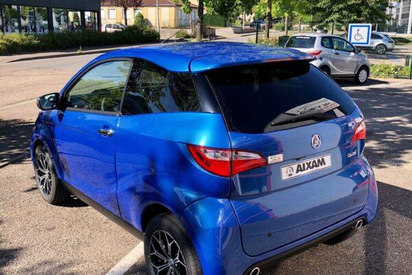 Aixam Coupé Premium bleu saphir 2021 arrière gauche abbvsp